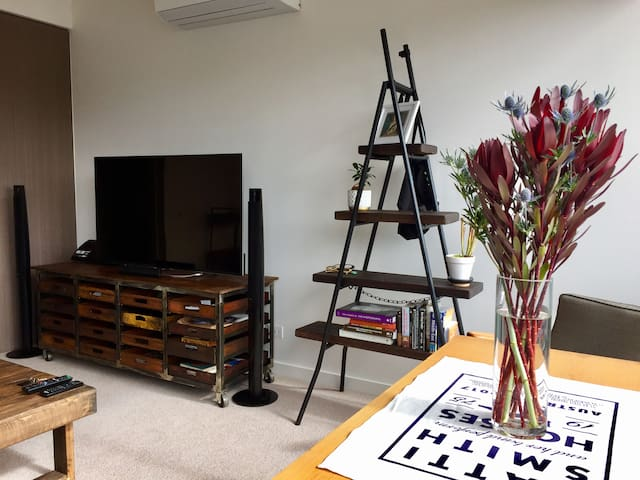 Retro-chic apartment in up-and-coming Northcote - Northcote - Leilighet