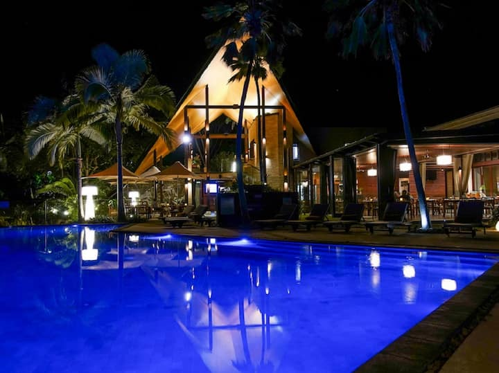Niramaya Port Douglas 3 Bedroom Luxury Villa