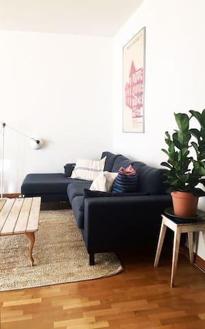 Living room, tv corner