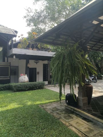 Private wing at Baan Suan Residence
