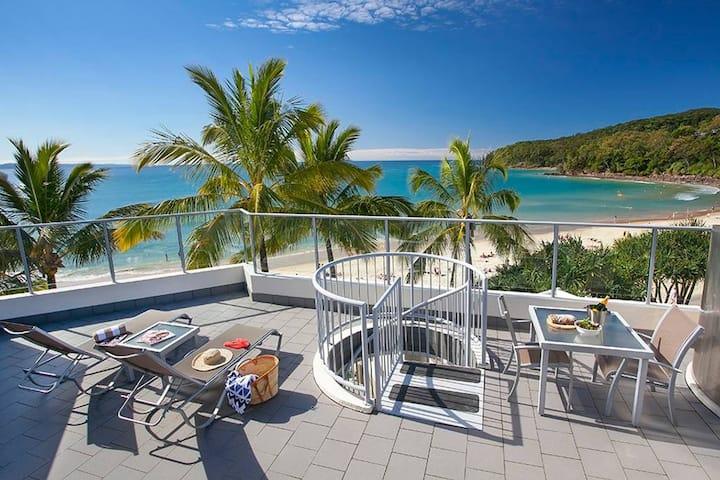 One Bedroom Beachfront Spa Penthouse Apartment