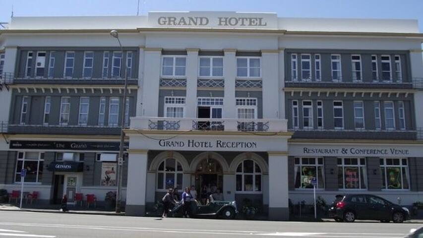 The Grand Hotel - Wanganui - Whanganui