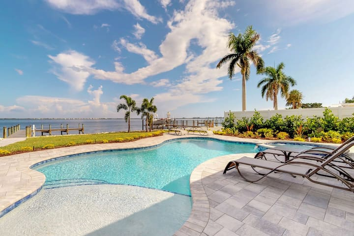 Bayfront & dog-friendly home w/private boat dock, pool & spa
