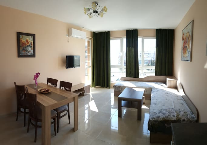 Fantastic new apartment, 50m from the beach - Pomorie