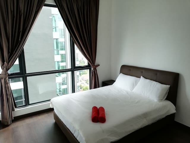 Studio SKS Pavillion/12min walk 2 CIQ/No Smkn/WiFi