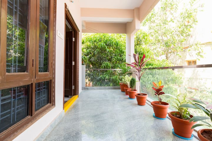 AC 3 bhk 2000 sft peaceful and green indep.house