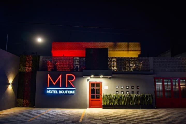 MR motel boutique