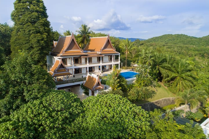 4 BR Luxury Pool Villa overlooking Layan Beach