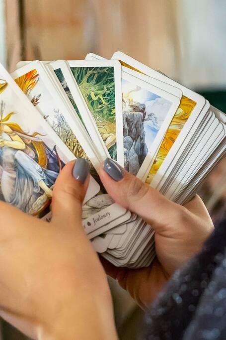 Beginner's Class to Tarot Reading