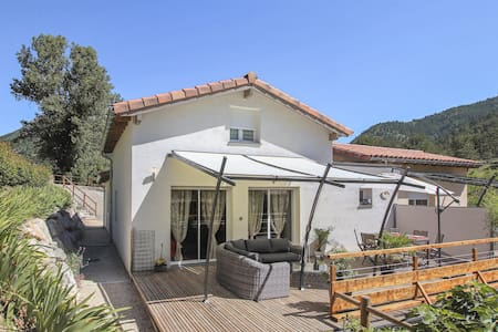 Semi-Detached with 1 bedroom on 84m² in Espenel