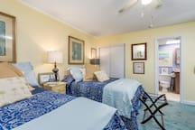 Sea Gate 810 - Bedroom