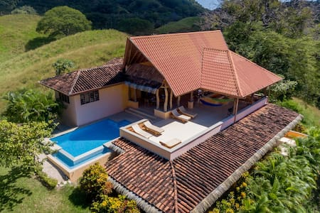 Sunrise Villa- Beach & ocean view - Nosara