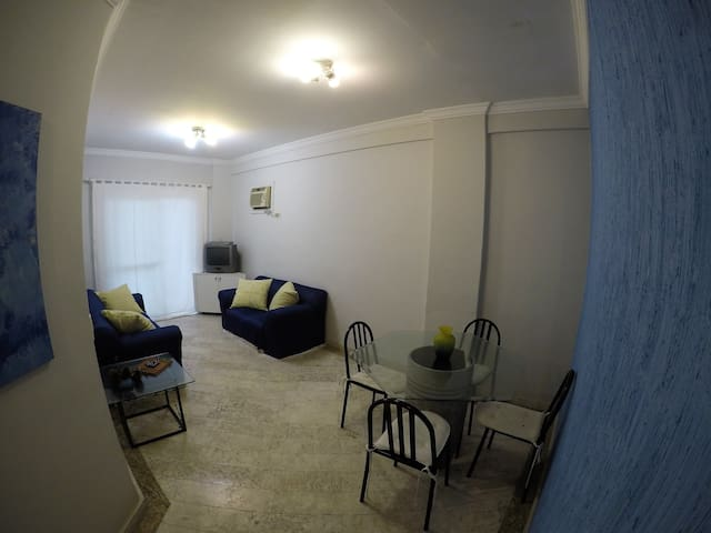 Apartamento  Enseada Andar Baixo + Churrasqueira!!