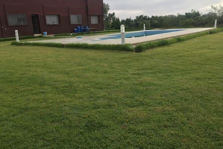 Firme complet avec piscine Tiflet route Khémisset