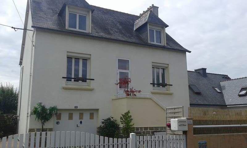 Maison au coeur de Lesneven - Lesneven - Casa