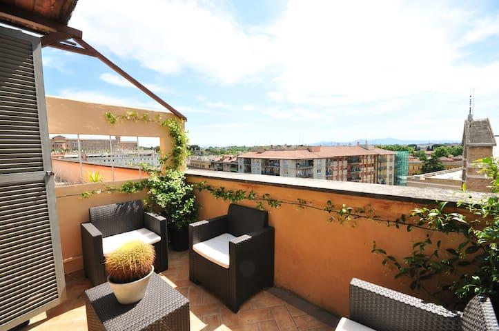 Penthouse Testaccio, stunning view