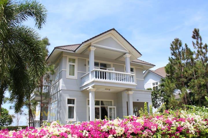 Sealink ViVa villa Phan Thiet Mui Ne.