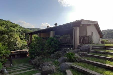Espectacular masia a Santa Pau