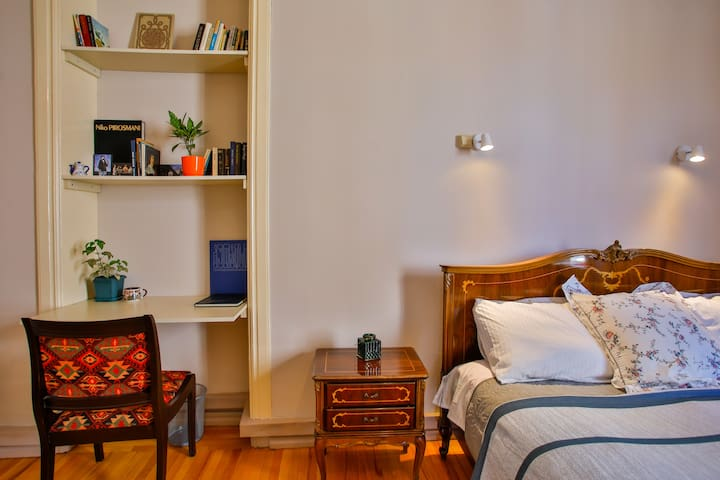 Entire apartment hosted by Anna