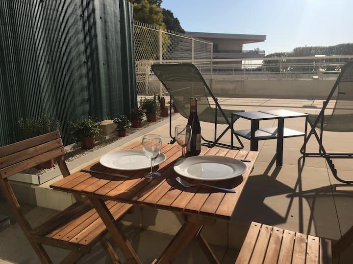 Marina studio bord de mer avec grande terrasse