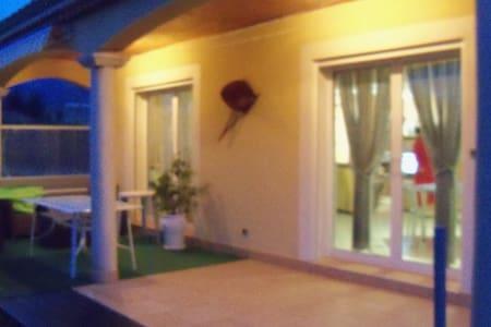 maison récente - Cornas