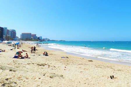 Heart of Condado:Steps from Beach,Restaurants,Park - San Juan - Wohnung