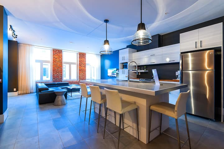 Elegant 2-bedroom apartment in vibrant St-Roch