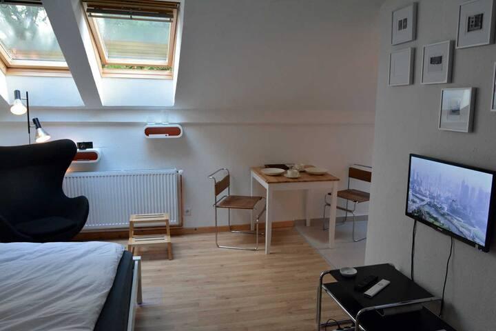 1- Zimmer Altbauwohnung 80s Stil :) - Bremen - Wohnung