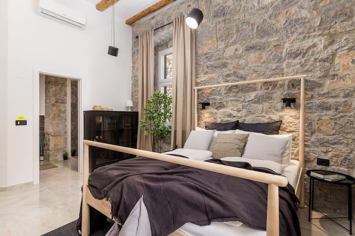 Apartment Lapis 3
