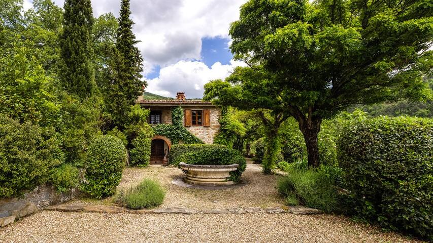 Villa bei Florenz/Arezzo, atemberaubende Aussicht - La Lama - วิลล่า