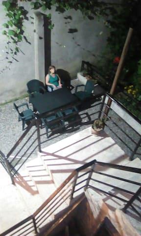 Гостевой дом 150 метров от моря - Batumi - Rumah