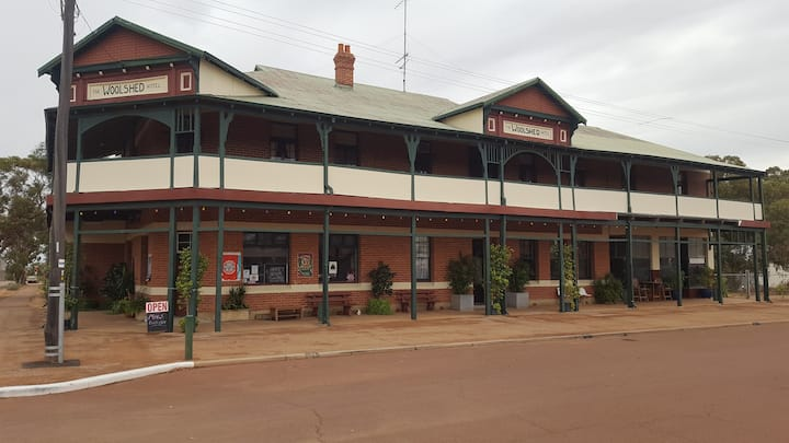 The Woolshed Hotel Nungarin