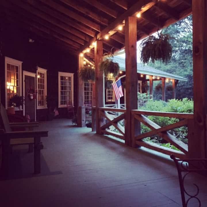 Parker Ranch B&B - NE Ga's favorite gathering spot