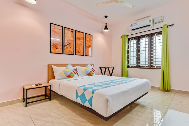 OYO Special Offer! Deluxe 1BR Home in Kochi