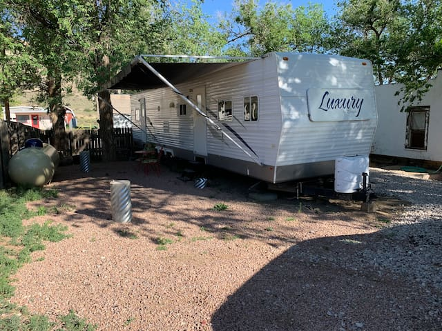 The Camper @ Red Rock Canyon Retreat Trailhead