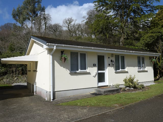 LITTLE RETREAT, family friendly in Liskeard, Ref 976979