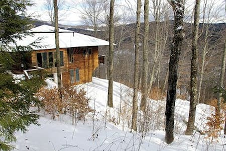 Luxury Vermont Mountain Cabin Retreat - Stockbridge