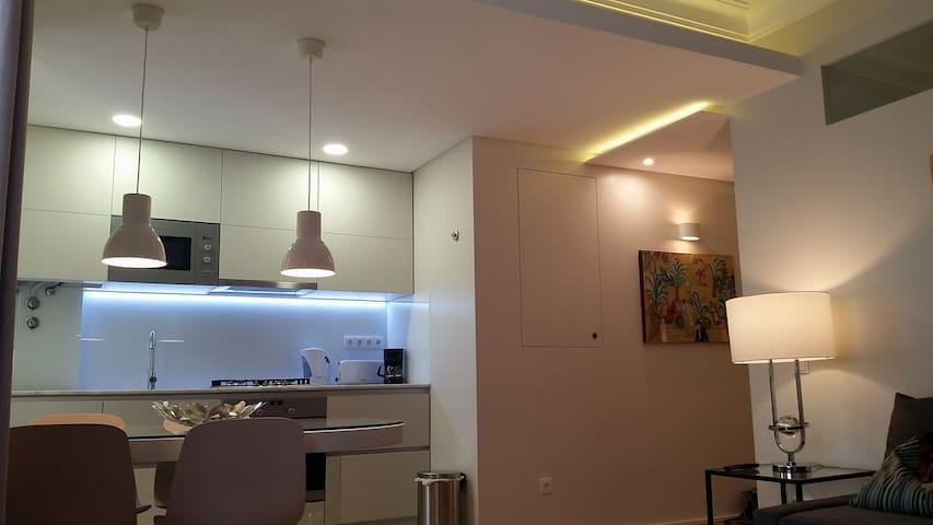 Apartamento moderno 2 a 6 pessoas