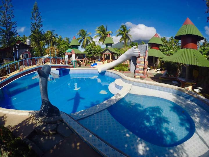 Private Resort -22hr rate