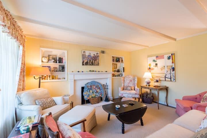 Spacious and comfortable 4BR/2BA home in Los Altos