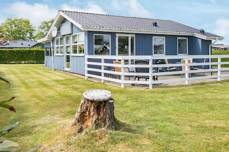 Comfortable Holiday Home near Sea at Hejls Jutland