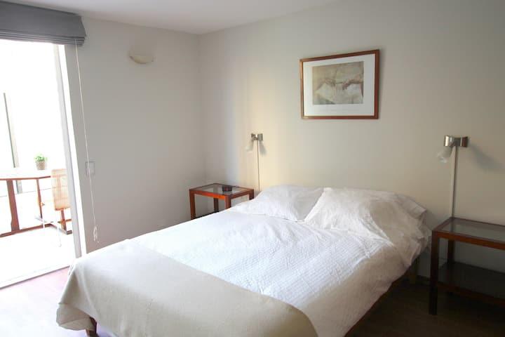 2 Bedroom with balcony (303)