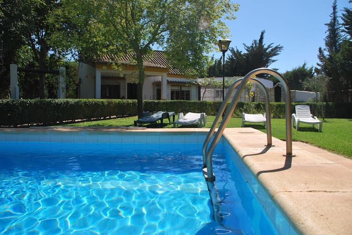Cortijo Andaluz,private pool, 700m beach