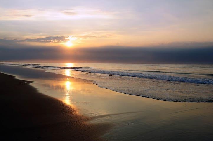Topsail Beach Oceanfront Getaway