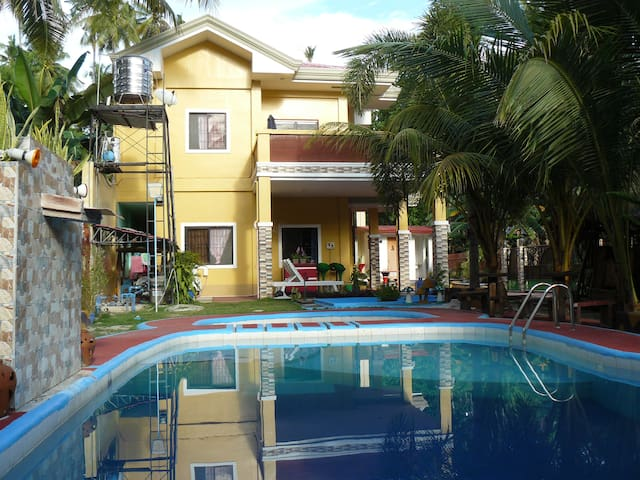 Samal Exclusive StayCation (Own pool & near beach)