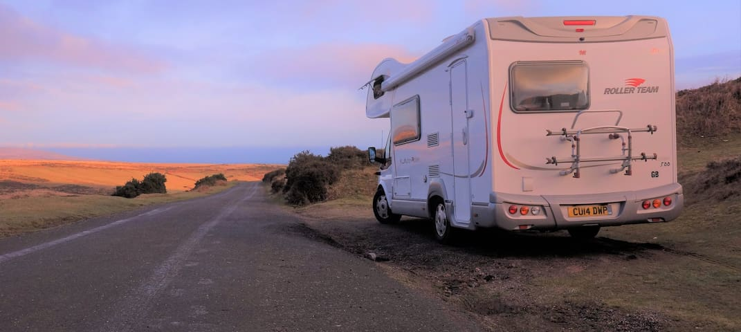 Belle - luxury 5 berth motorhome for hire