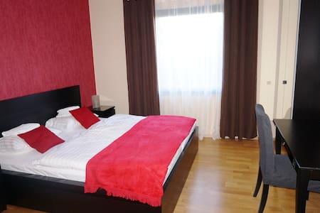 65 m2 Wohnung  nähe Frankfurt - Bad Homburg vor der Höhe - 公寓