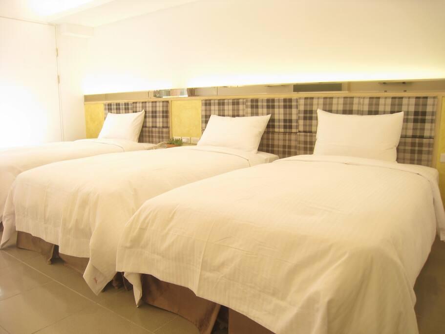 King Size大床,可1張雙人床1張單人床或3張單人床