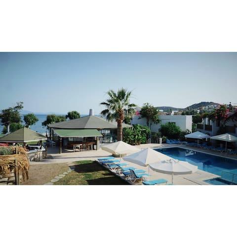 plaj havuz tesise ait aile işletmesi apart