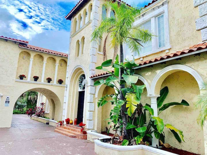 The Don Rio Spanish Pool Villa in Seminole Heights